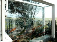 Glass Windbreak 6