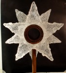 Rose kiln-cast Glass Diam. 58cm Steel pedestal Total height 176cm - Sold